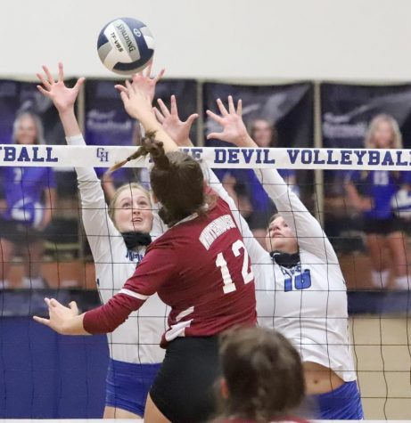 Lady Devil volleyball wins weekend games